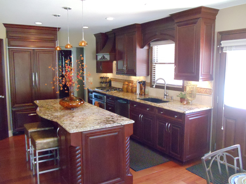 High Quality 07 Custom Kitchen Cabinets