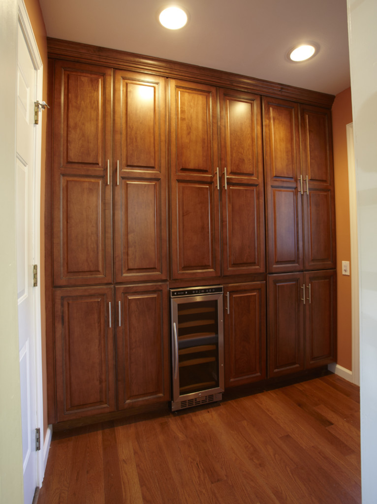 unfinished oak kitchen cabinets for sale used oak kitchen cabinets for there merillat used oak 27667